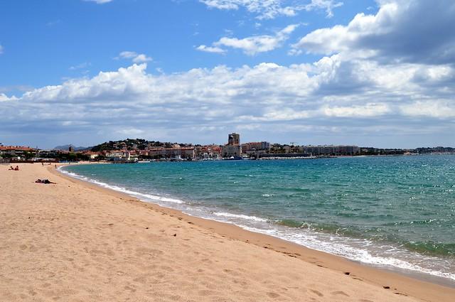Port Fréjus and beach