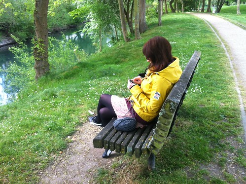 Knitting by the Seine, Maisons Laffitte