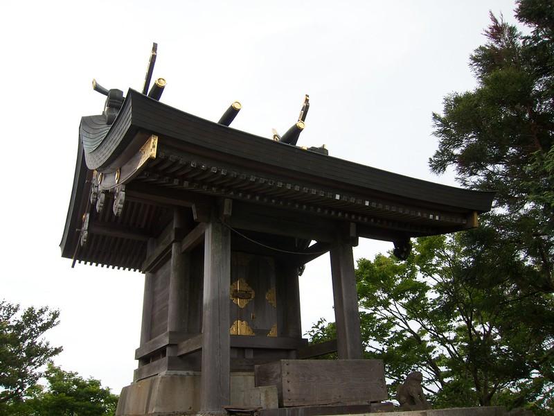 筑波山神社 男体山本殿 イザナギ