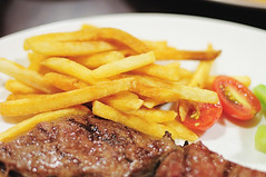 meal, breakfast, steak, grilling, fried food, steak frites, produce, french fries, food, dish, cuisine, cooking, fast food,