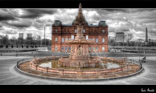 Queen Vic and her Empire || The Doulton Fountain at People's Palace, Glasgow Green