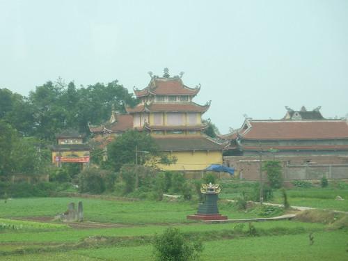 Hanoi 12-Perfume Pagoda (3)
