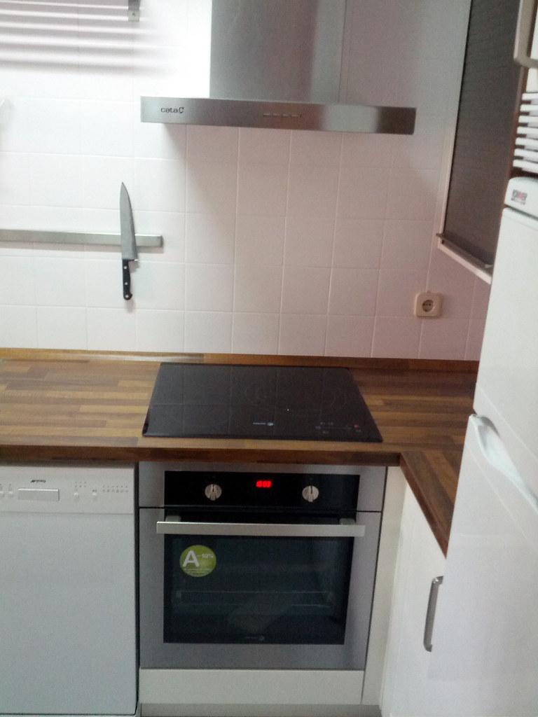 Una cocina completa en 4 metros cuadrados for Cocina 2 metros