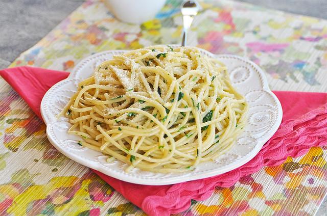 Spaghetti Parsley & Parmesan