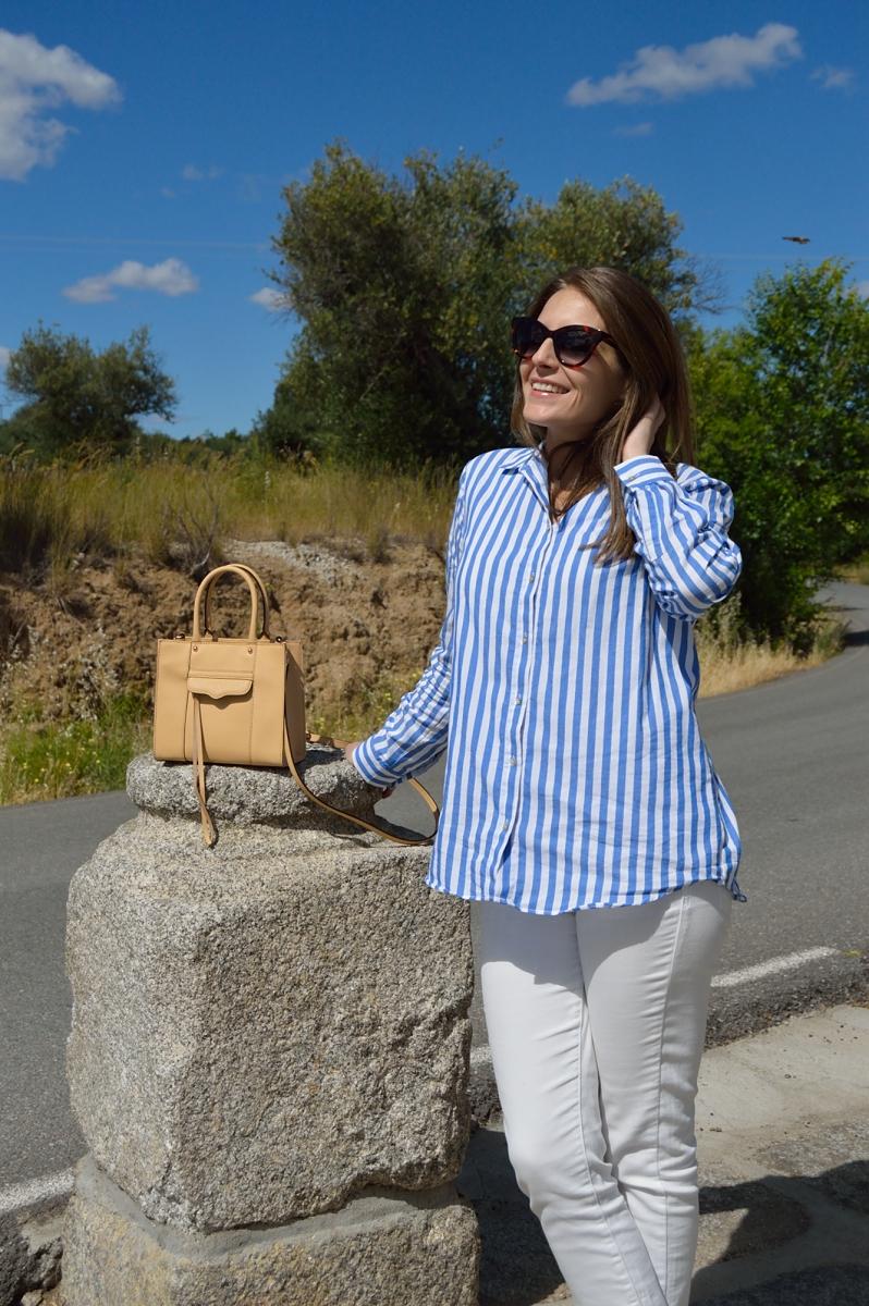 lara-vazquez-madlula-blog-stripes-biscuit-bag-white-look