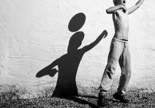 Play - Great Examples of Shadows in Street Photography