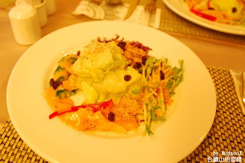 豐盛的生菜沙拉