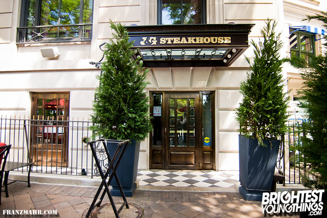 12-04_J and G steakhouse140-75