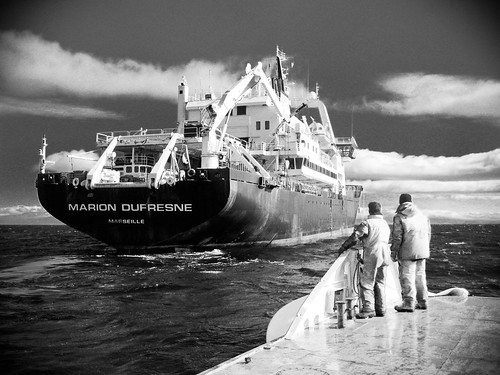 noiretblanc navire kerguelen