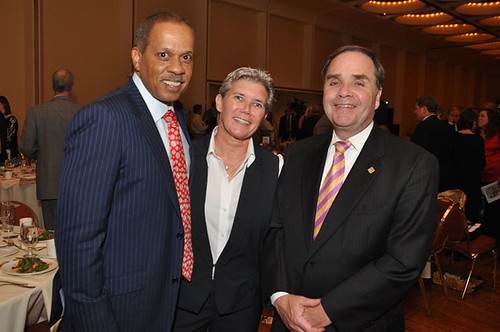 Juan Williams, Sue Black & John Cary at the Gridiron Awards Dinner May 18, 2012.