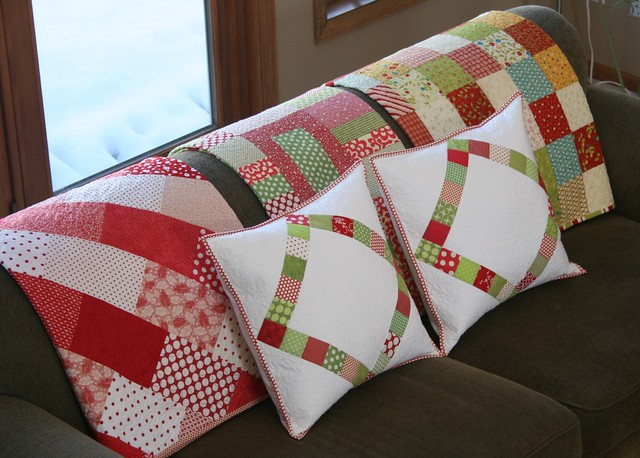 christmas pillows and quilts
