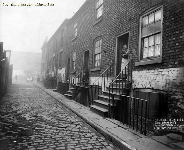 Bugle Street off Gaythorne Street, Knott Mill, 1896 (m00632)