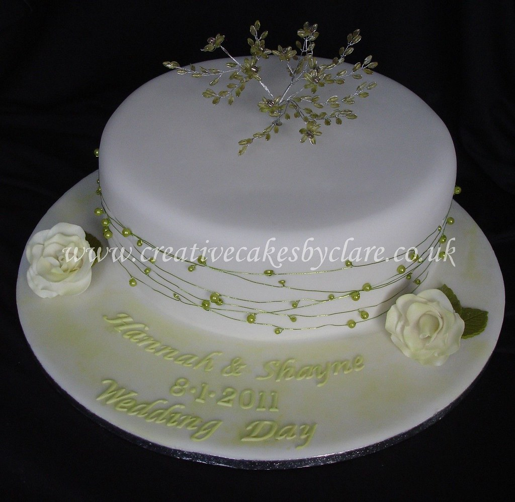 Single Tier Green Bead Wedding Cake