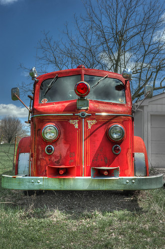 ohio red geotagged nikon raw nef transportation restoration fireengine derelict hdr americanlafrance vintagetechnology fireaparatus cs5 d3s nikkor2470f28 summitcountyohio nikongp1 newfranklinohio photomatixpro4