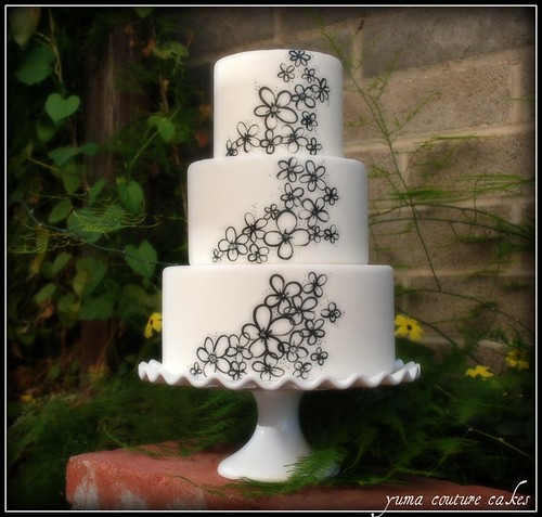 Yuma Couture Cakes - wedding cake