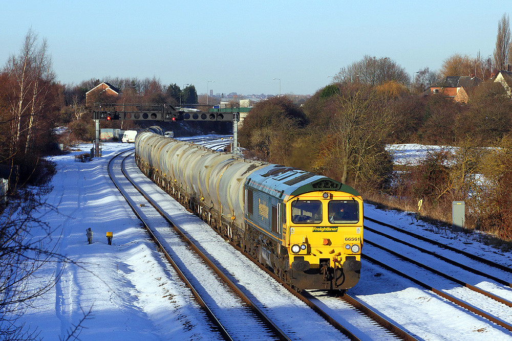 66561 passing Trowell