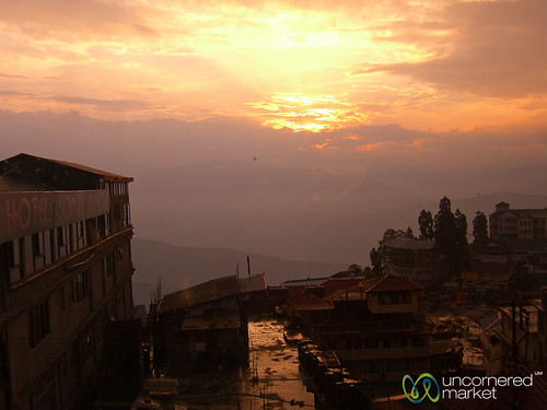 sunset sun india clouds dusk darjeeling westbengal dpn