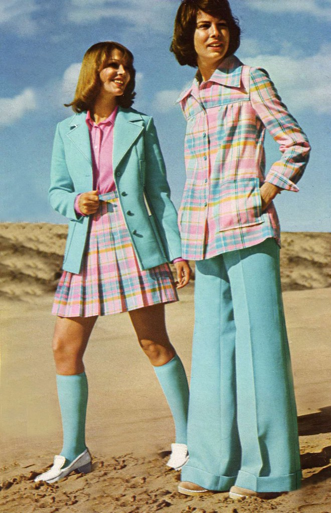 Retrospace: Mini Skirt Monday #86: 1968-1974