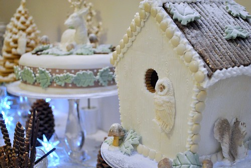 Gingerbread house on Winter Woodland candy table