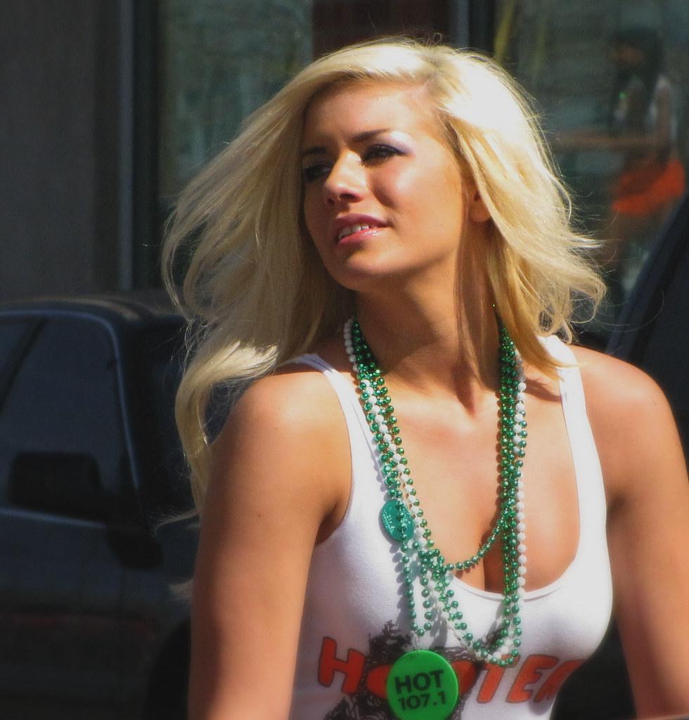 Hot blonds