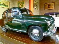mercedes-benz w120(0.0), plymouth deluxe(0.0), volvo pv444/544(0.0), automobile(1.0), vehicle(1.0), gaz-12 zim(1.0), gaz-m20 pobeda(1.0), mid-size car(1.0), compact car(1.0), antique car(1.0), sedan(1.0), classic car(1.0), vintage car(1.0), land vehicle(1.0), motor vehicle(1.0),