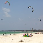 Imagine de Plaja cu o lungime de 11108 m. beach tanzania kitesurfing zanzibar 2011 paje
