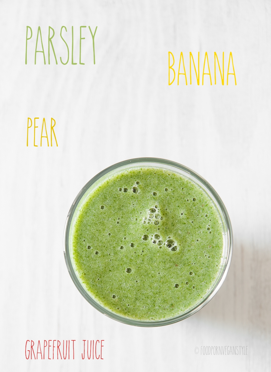Green smoothie with parsley