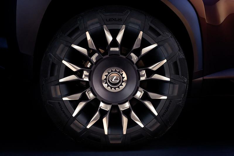 Колёсные диски Lexus UX