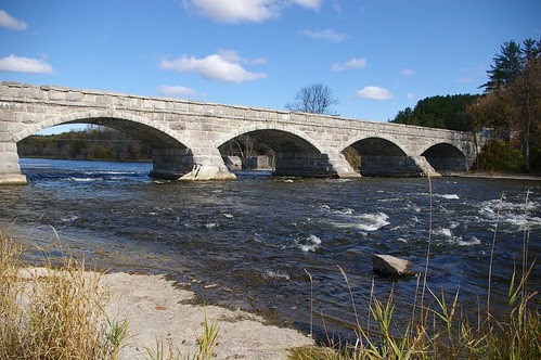 Pakenham 5 Arched Stone Bridge