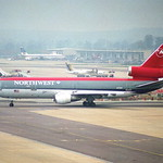 Northwest Airlines DC-10-30; N211NW@LGW;14.04.1996