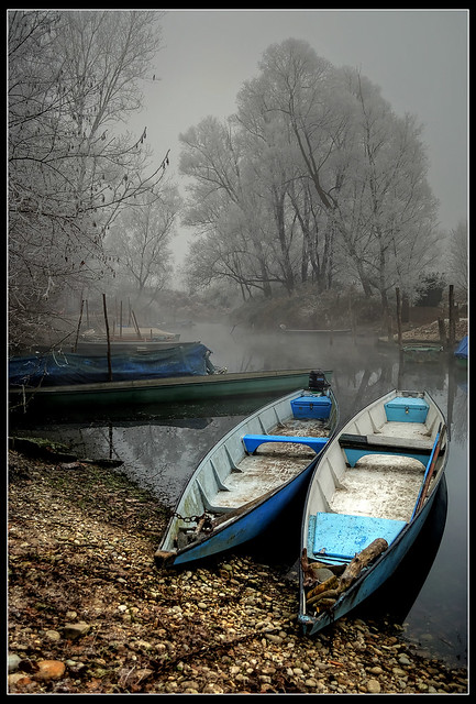 Cold and silence on the river