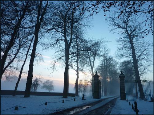 blue winter sunset mist snow france 22 brittany europe hiver bretagne breizh bleu neige grille soir brume entrée côtesdarmor aodoùanarvor boisgelin argoat pléhédel coatguelen legoëlo nadcoz