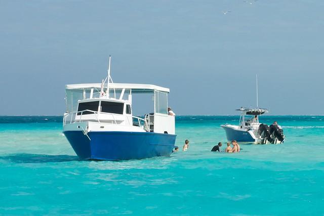 January 2011 - Vacation on Grand Cayman - Stingray City Strip