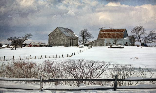 Winter barns flickr photo sharing - Winter farm scenes wallpaper ...