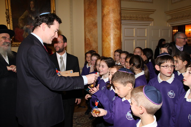 The Chancellor gives gifts to HJPS pupils | Flickr - Photo Sharing!: www.flickr.com/photos/hmtreasury/5226035033