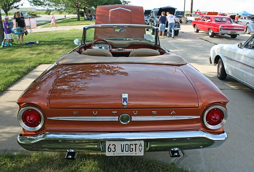 1963 Ford Falcon Futura Convertible (7 of 7)