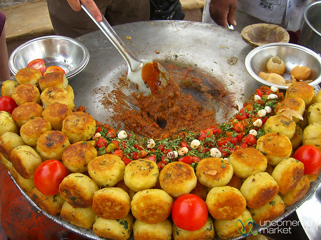 Time to Make the Aloo Tikki - Varanasi, India