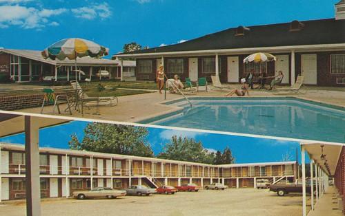 pool vintage parkinglot alabama route80 demopolis route43 dualview