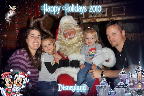 Family at Disneyland by Beauty Playin 'Eh