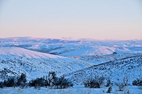 winter snow mountains sunrise or i84 nikkor18200 nikond90