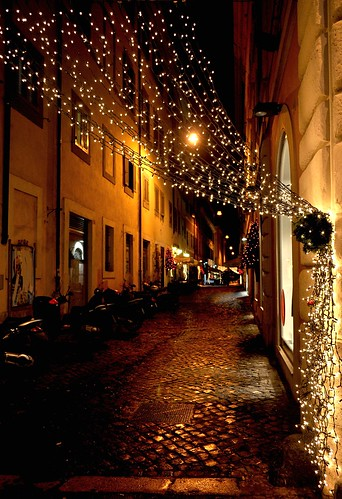 italy rome nightshot christmaslights 1001nights citycenter centrostorico romebynight flickrestrellas platinumpeaceaward bestcapturesaoi mygearandmepremium mygearandmebronze