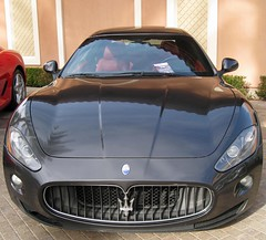 automobile(1.0), automotive exterior(1.0), maserati(1.0), vehicle(1.0), performance car(1.0), automotive design(1.0), maserati granturismo(1.0), bumper(1.0), land vehicle(1.0), luxury vehicle(1.0), supercar(1.0), sports car(1.0),