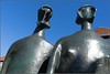 King and Queen / Henry Moore