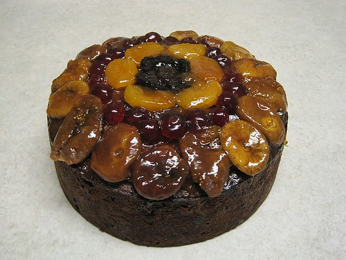 Christmas cake topped with glazed fruit - by Aunty Janet ...
