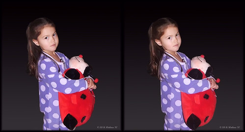 cute girl de effects stereoscopic 3d kid crosseye child brian young ps pillow indoors stereo stuffedanimal pjs wallace inside milford delaware stereopair christmaseve sidebyside relative depth pajamas stereoscopy stereographic freeview crossview greatniece brianwallace xview stereoimage xeye stereopicture
