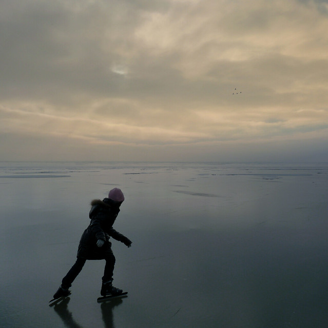 Samantha skating on the infinite sea of ice