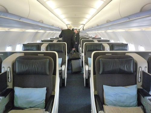 Delta 737 800 cabin related keywords delta 737 800 cabin for Interieur boeing 757