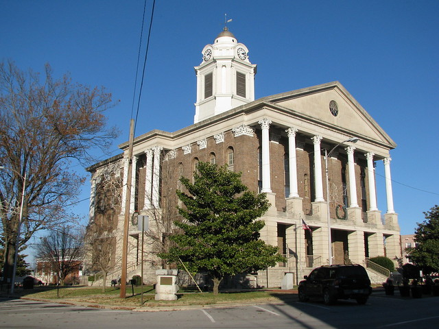Bedford County Courthouse at Christmas