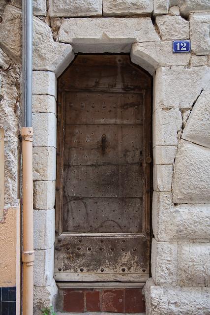 Porte d 39 entr e d 39 une maison m di vale grasse flickr - Entree d une maison ...