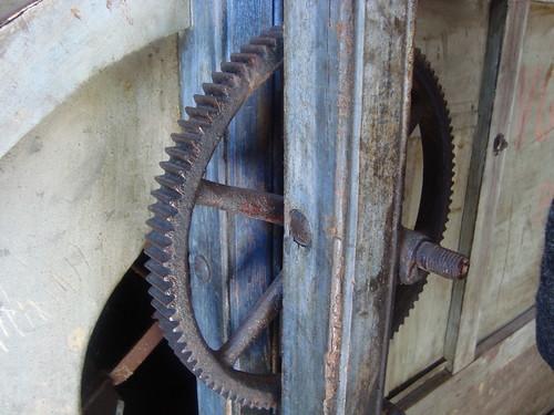 cog-wheel...